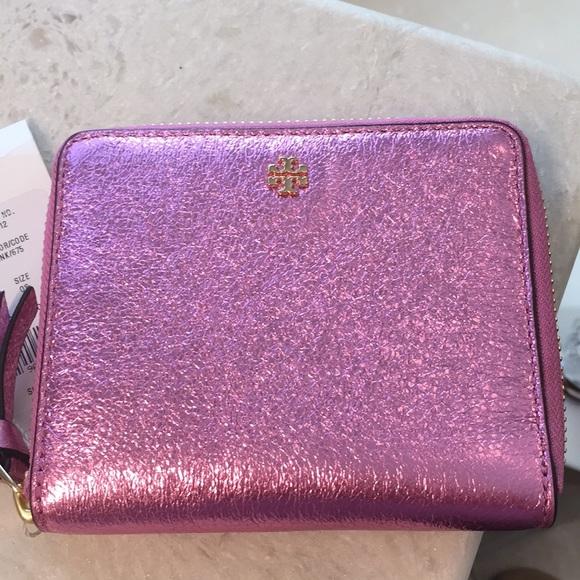 151ba3bc97ff Tory Burch Crinkle Metallic Zip Wallet